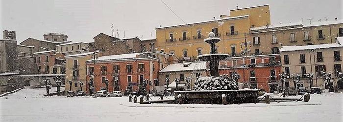 Piazza-Maggiore--Sulmona-(Ch).jpg