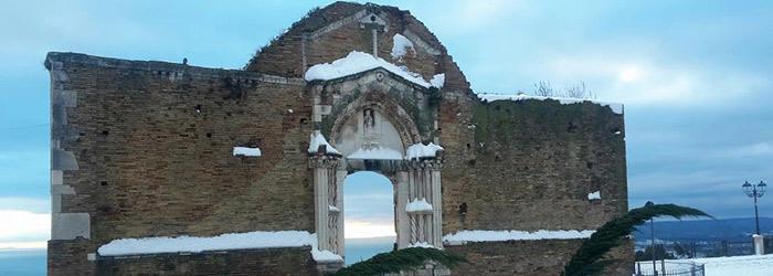Portale-Chiesa-di-San-Pietro---Vasto-(Ch)--Foto-Dellib-Nicola.jpg