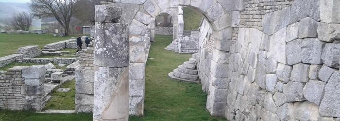 Scavi-archeologici-di-Pietrabbondante-1.jpg